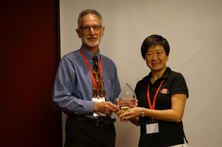 Sound Seminar 2015: Token of Appreciation to Mr Schaffer