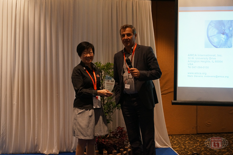 Asia AMCA Annual Regional Meeting 2016: Presenting a Token to Sponsor Comefri